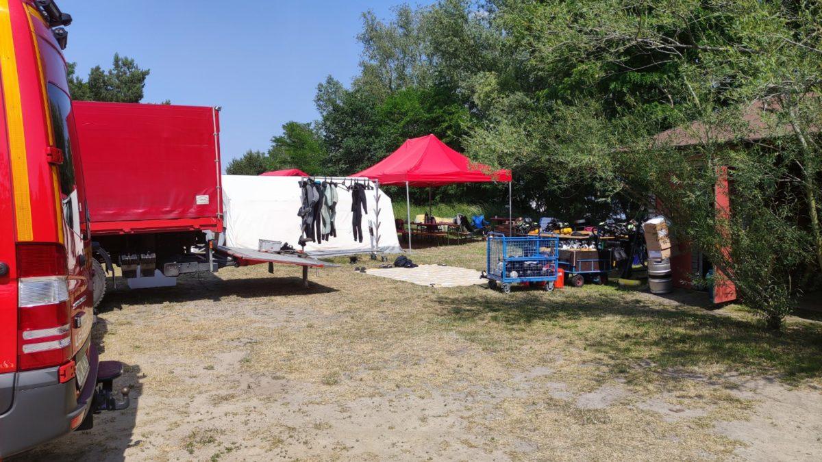 Camp der Feuerwehr der LEAG auf dem Vereinsgelände der Flossenfreunde Laasow